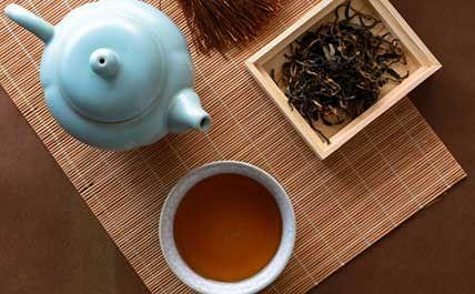 黑茶的泡法图片