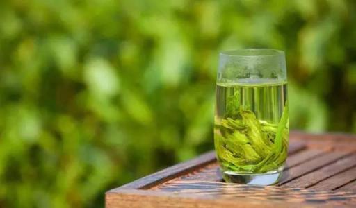 绿茶什么时候喝好图片