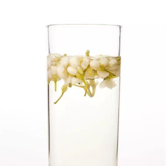 """""""花茶""""和""""花草茶""""难区分?请看茉莉花茶和菊花茶!图片"""