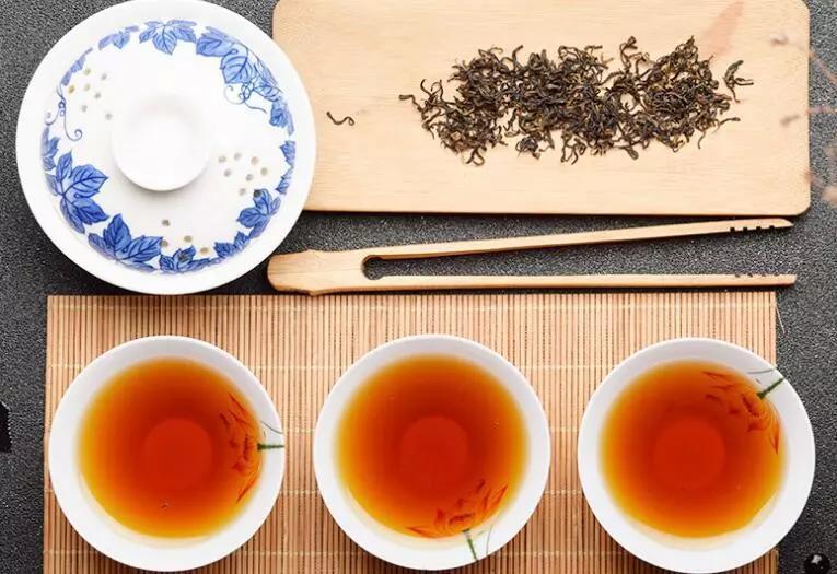乌龙茶(青茶)可以存放多久?图片