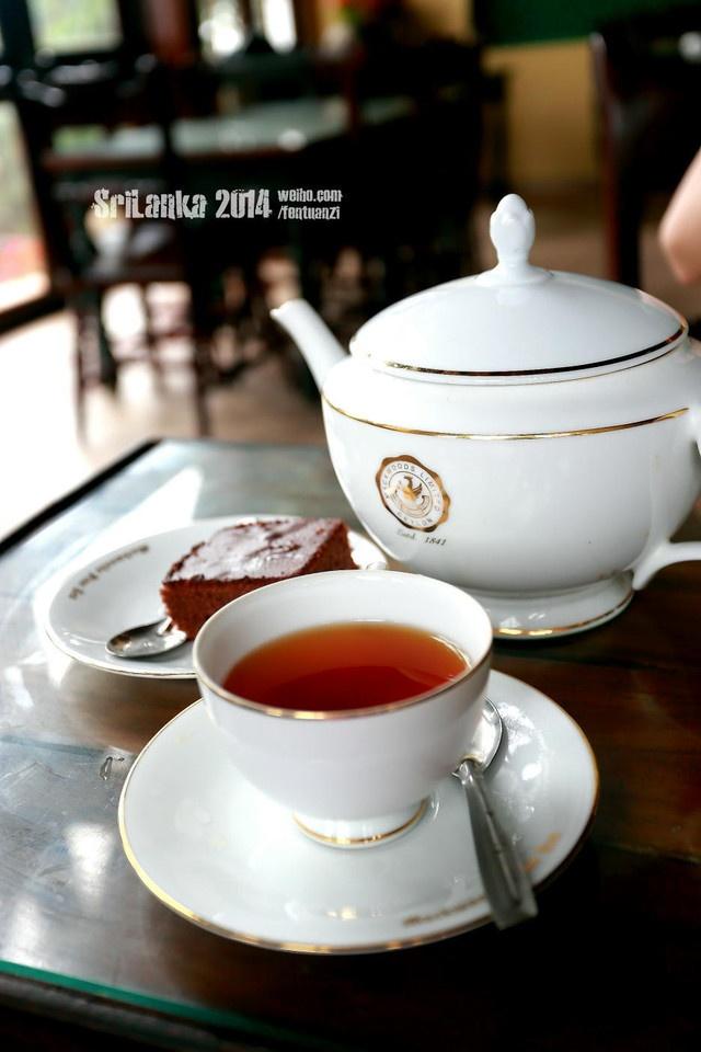 去Mackwoods茶厂品一杯地道锡兰红茶图片