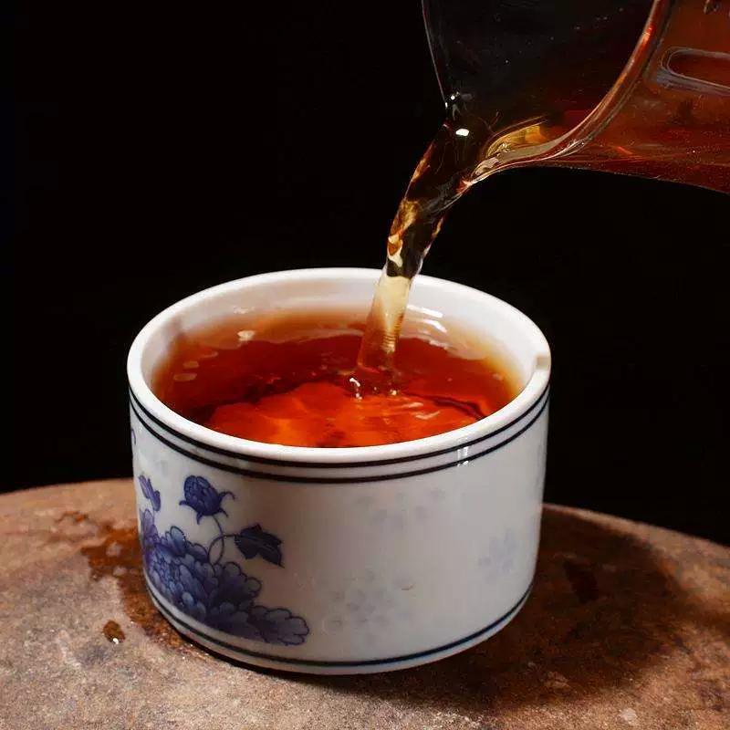 大红袍和红茶有哪些区别,了解一下?图片
