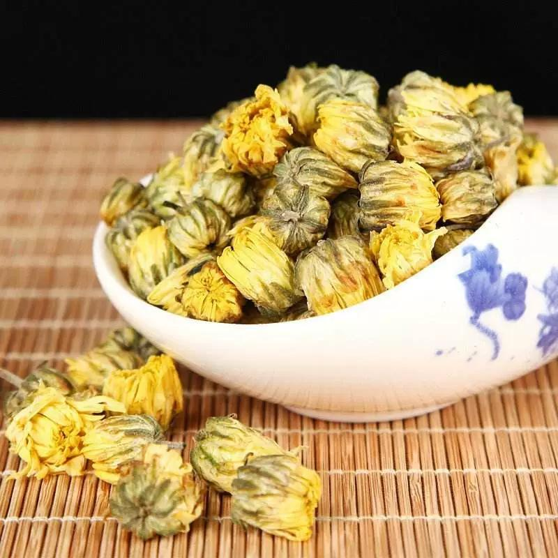常喝菊花茶,四个好处或会找上你图片