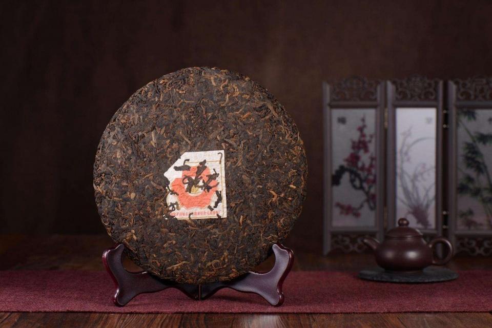 普洱茶有很多种类形,如何判断熟普洱饼茶的好坏?图片