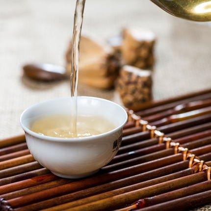 普洱茶属于哪个季节?图片