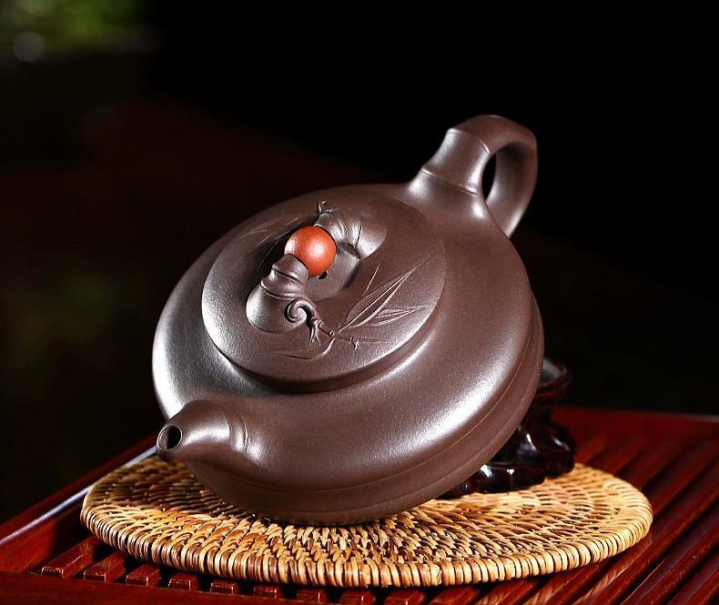用紫砂茶具,增加品茶的韵味图片