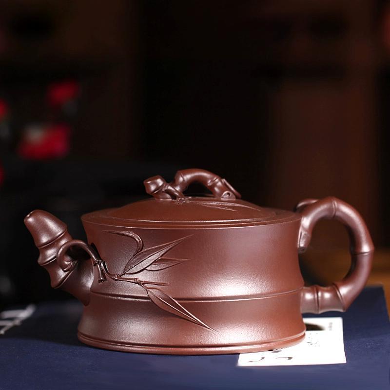 紫砂壶,是泡茶工具,也是艺术品。图片