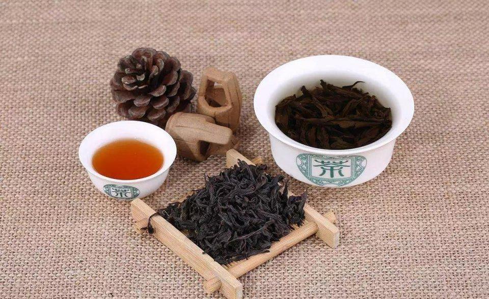 闽北乌龙茶中武夷岩茶的香型图片
