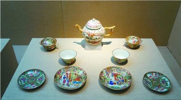 """中英茶饮文化对比:一个重""""礼仪"""",一个重""""气韵""""图片"""